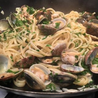 Linguine with clams.
