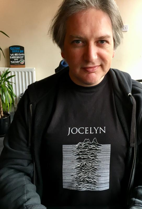 Wearing my new Jocelyn Bell Burnell T-shirt: https://adactio.com/journal/13874