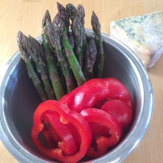 Peppers, asparagus, and blue cheese.
